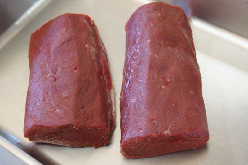 富士河口湖町で捕獲され処理された最高品質の鹿肉
