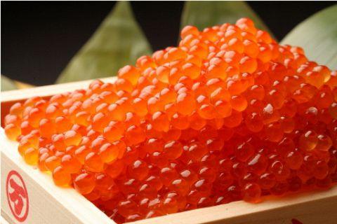 北海道増毛産の水揚げ当日の秋鮭卵にこだわり製造した商品です。