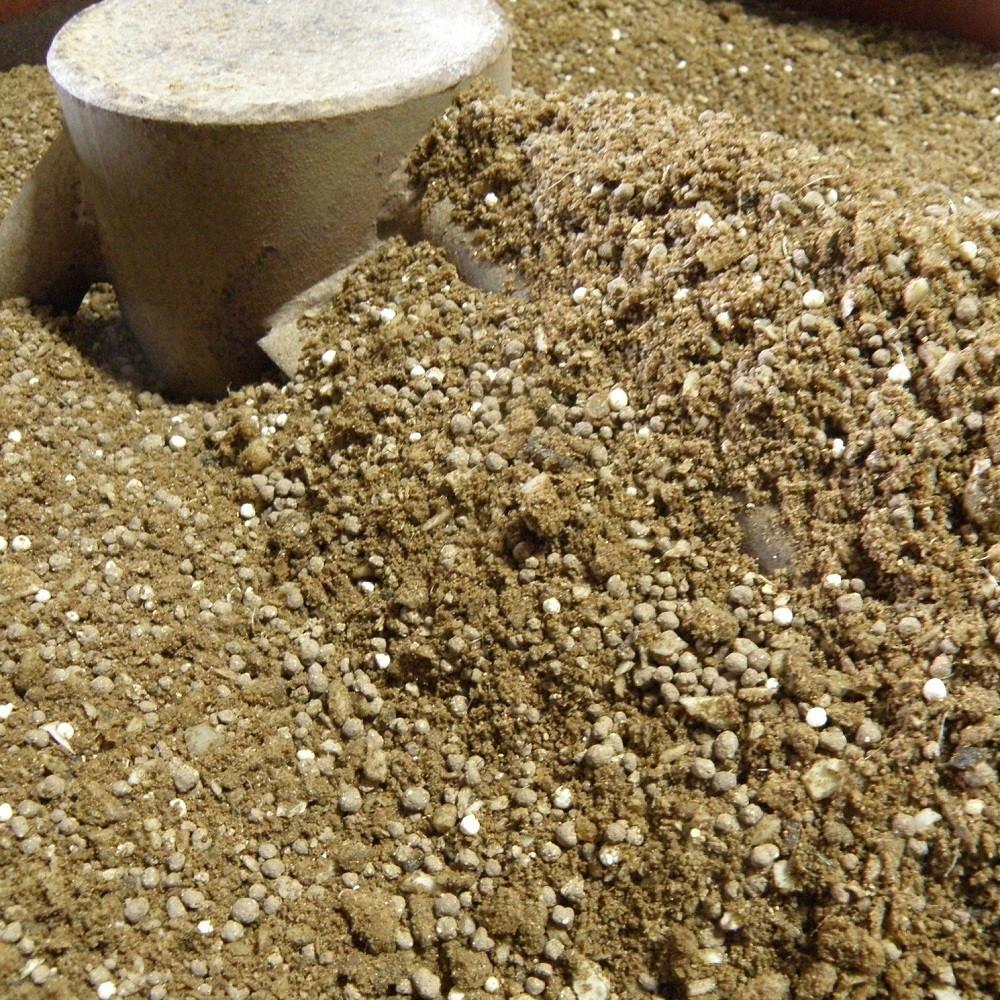 厳選されたオリジナルの配合肥料