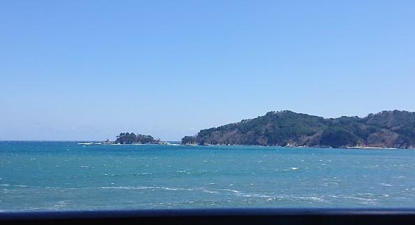 大槌の青い海と青い空