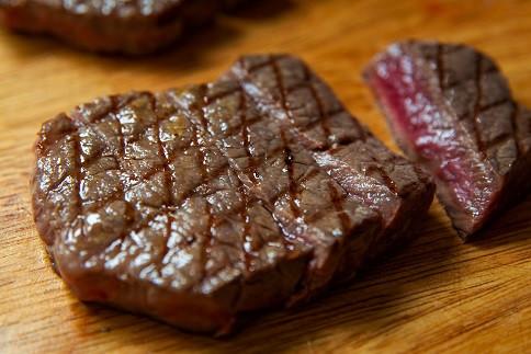 1回目 黒毛和牛モモステーキ 3枚 270g