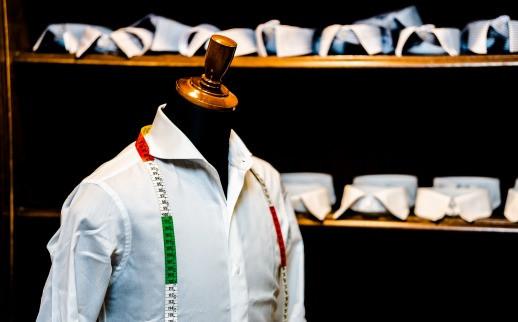 紳士用品オーダーシャツの金港堂