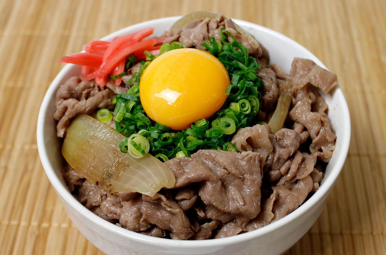 贅沢すぎる牛丼はかずさ和牛の旨味を存分に堪能できます!