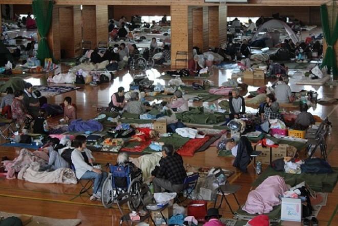 避難所である町民体育館の様子