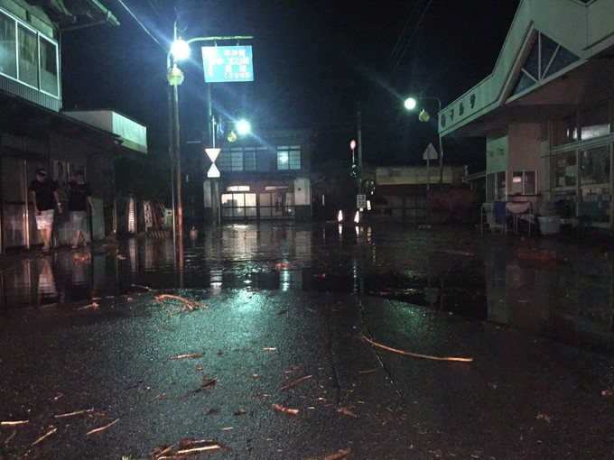 8月30日夜の普代村中心街の様子