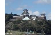 平戸城周囲の樹木伐採を実施しました!