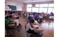 学校図書館支援員配置事業に活用しました。