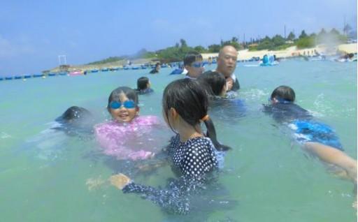 池田町の小学生が沖縄県読谷村へ研修に行きました
