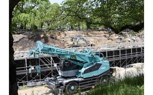 弘前城本丸石垣解体工事が再開しました