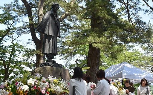 愛の人「太宰治」生誕祭 109周年を祝う