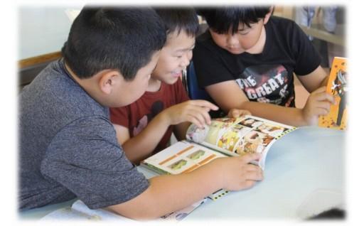 ふるさと納税文庫を岩内町内の小中学校に置きました
