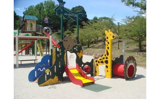子供たちの笑顔のために!公園遊具を充実させました
