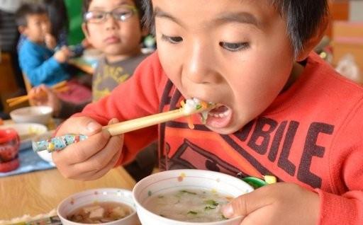 さらに、おいしく栄養満点の給食で園児がすくすくと
