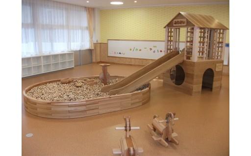 子ども達のために、木製遊具を整備しました!