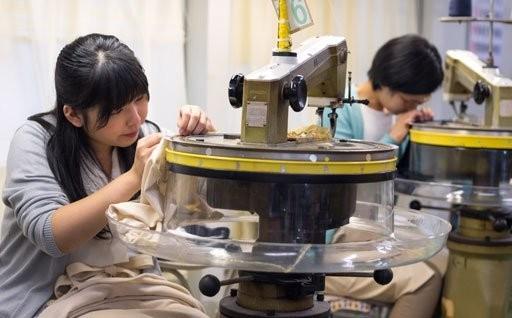 未来の日本の縫製業を守る 北上市とUTOの試み