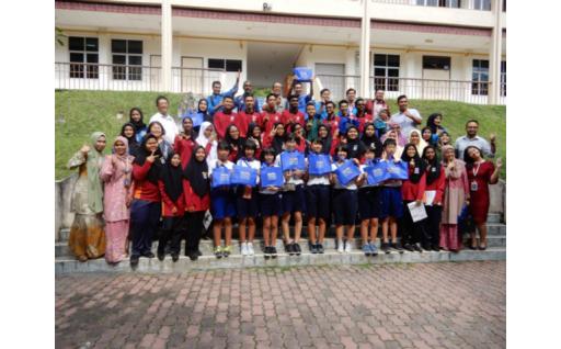 【こどもに未来を託す】中学生のマレーシア留学支援
