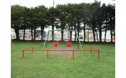 公園遊具の整備に活用しました