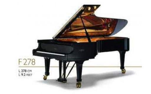 ファツィオリ製のピアノを購入しました