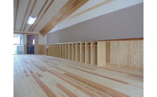 こども園保育室の木質化工事