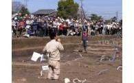 1)纒向遺跡の調査研究・保存活用に関する事業