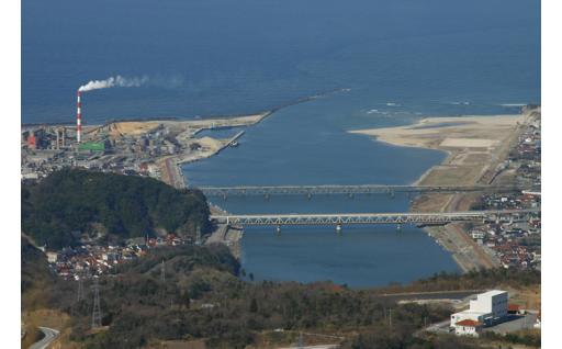 (1) 江の川が育み人麻呂が愛したふるさとの自然、景観を活かした事業