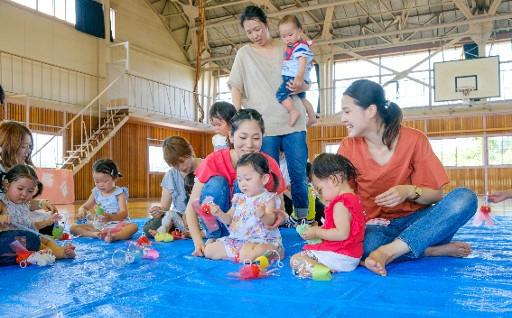"""4 赤ちゃんからおじいちゃん・おばあちゃんまで笑顔で過ごせる街""""花巻""""を全力でサポートしたい。"""