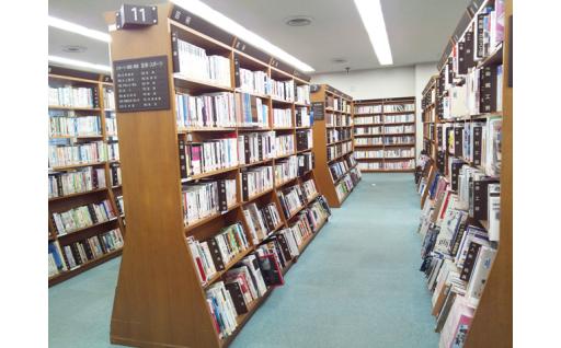 (3)本やDVDの充実を図る図書館資料購入事業