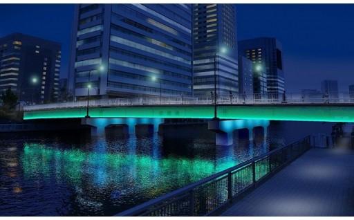 運河に架かる橋のライトアップ