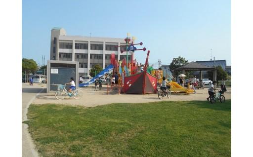 1.子どもの安全確保・健全育成等を目的とした、公園・児童施設等の環境整備のため