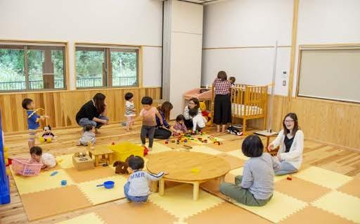 (1)子育て応援事業