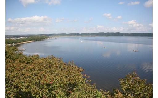 (1)小川原湖を中心とした自然環境の保全に資する事業