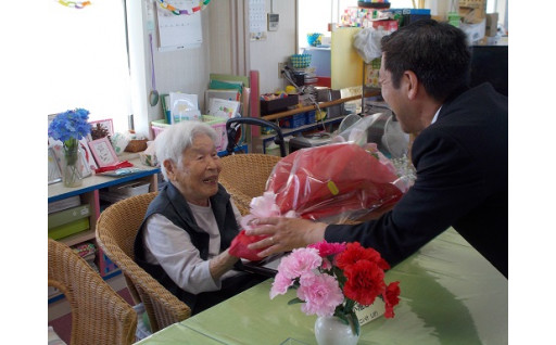 2 障害者やこども、高齢者を大切にするまちづくりのために